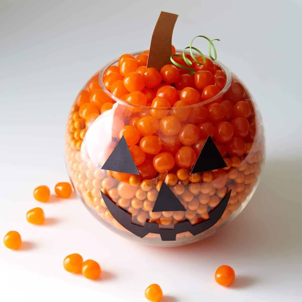 orange-candy-pumpkin-centerpiece-074