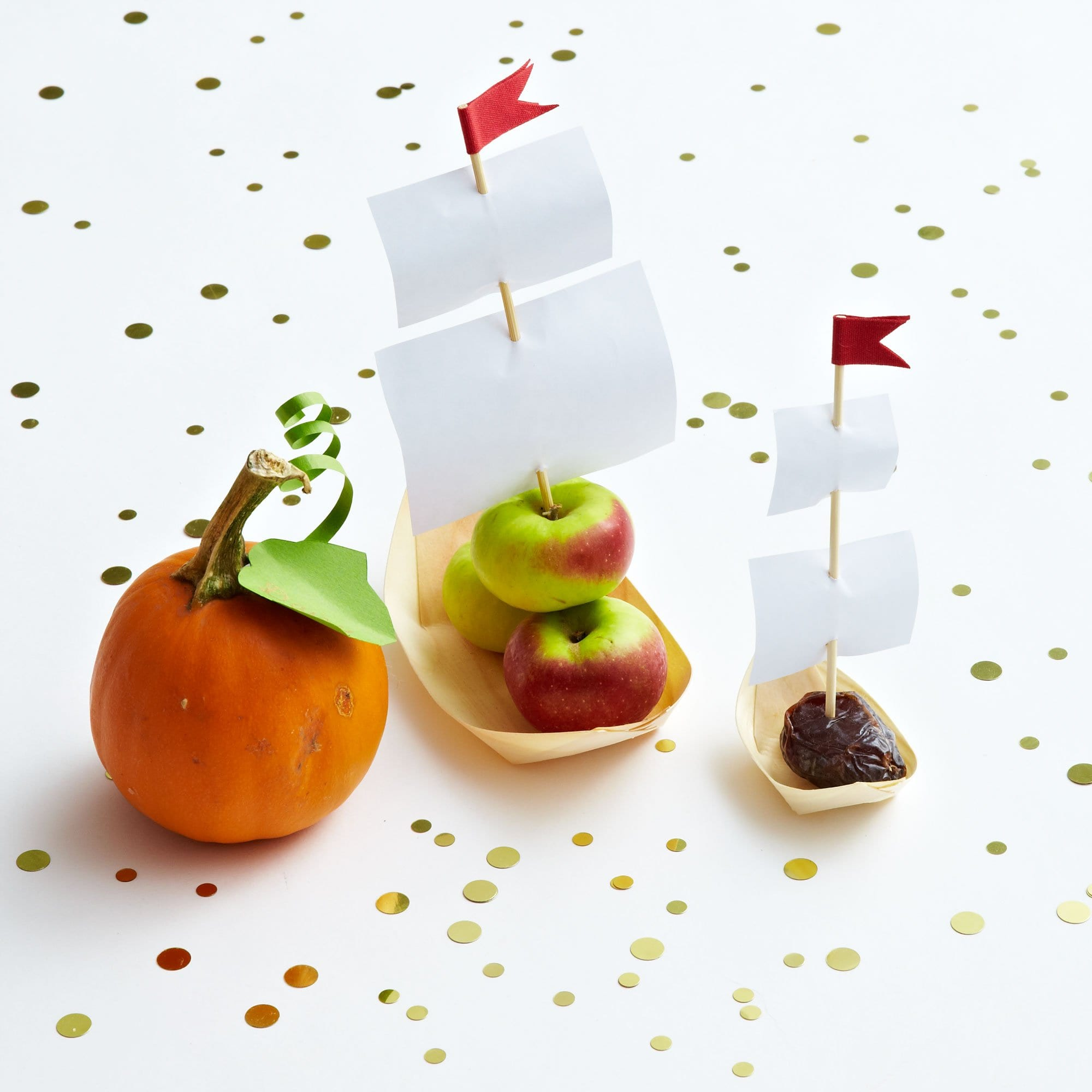 Darcy Miller Designs Apple Sailboats Thanksgiving, Kids Table, Paper Craft, Mayflower, Healthy Snacks, Apple Craft, Crab Apples, Downloadable Template