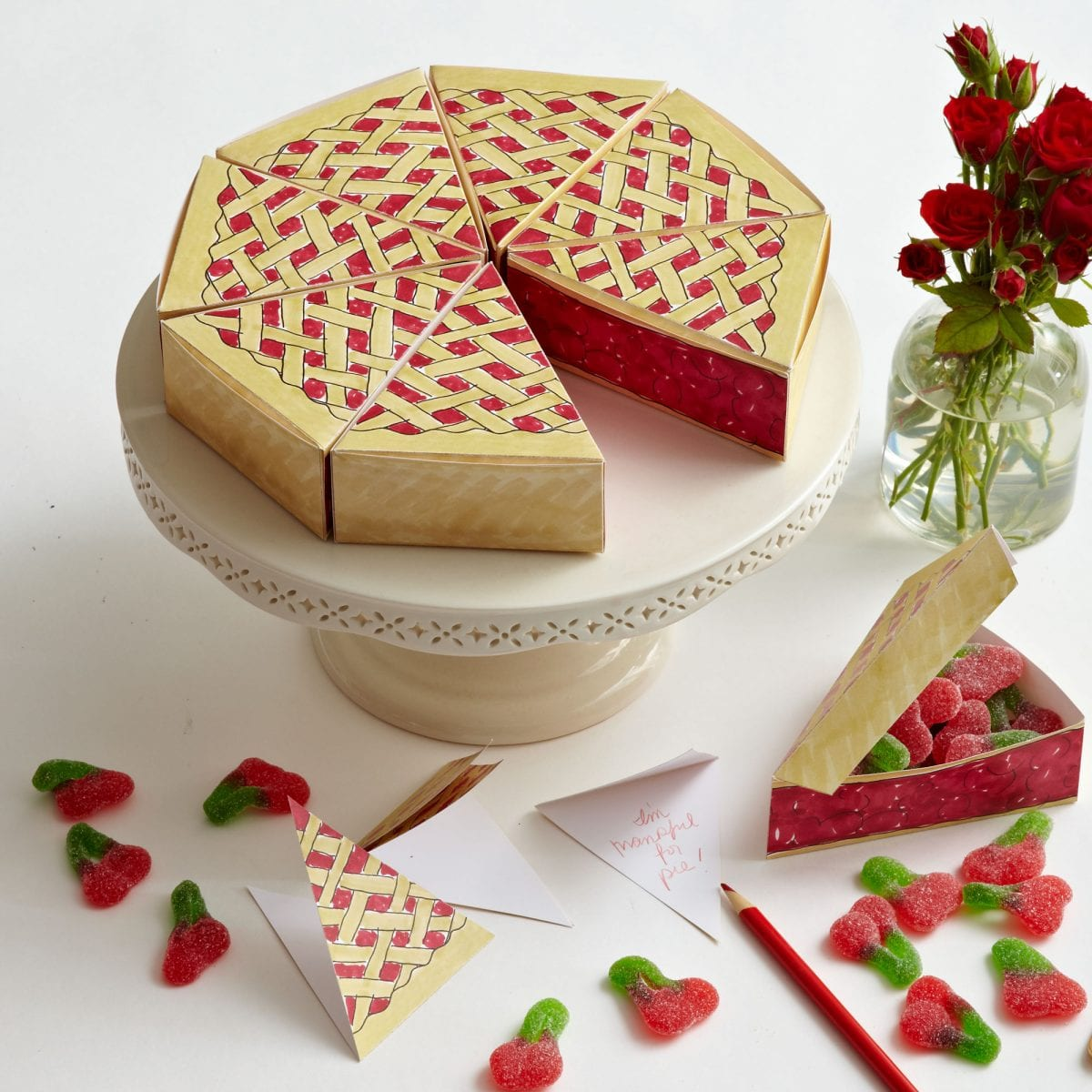 Paper Pie Box Favors | Darcy Miller Designs