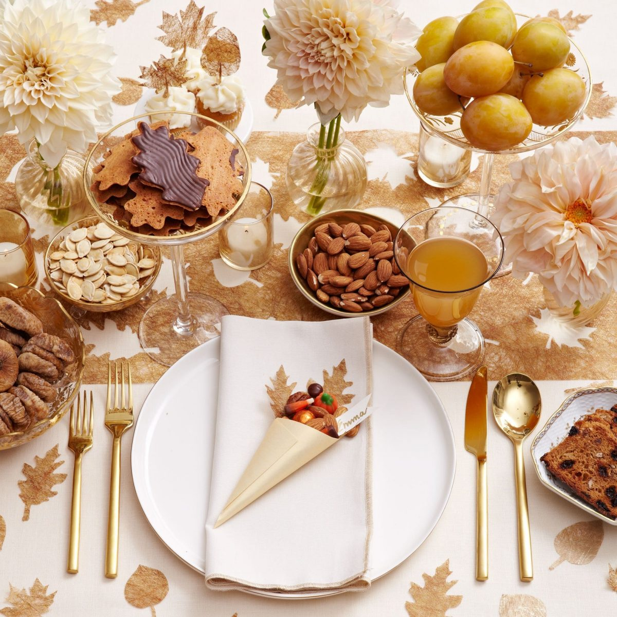 Gold leaves thanksgiving table decor darcy miller designs - Thanksgiving table setting ideas ...