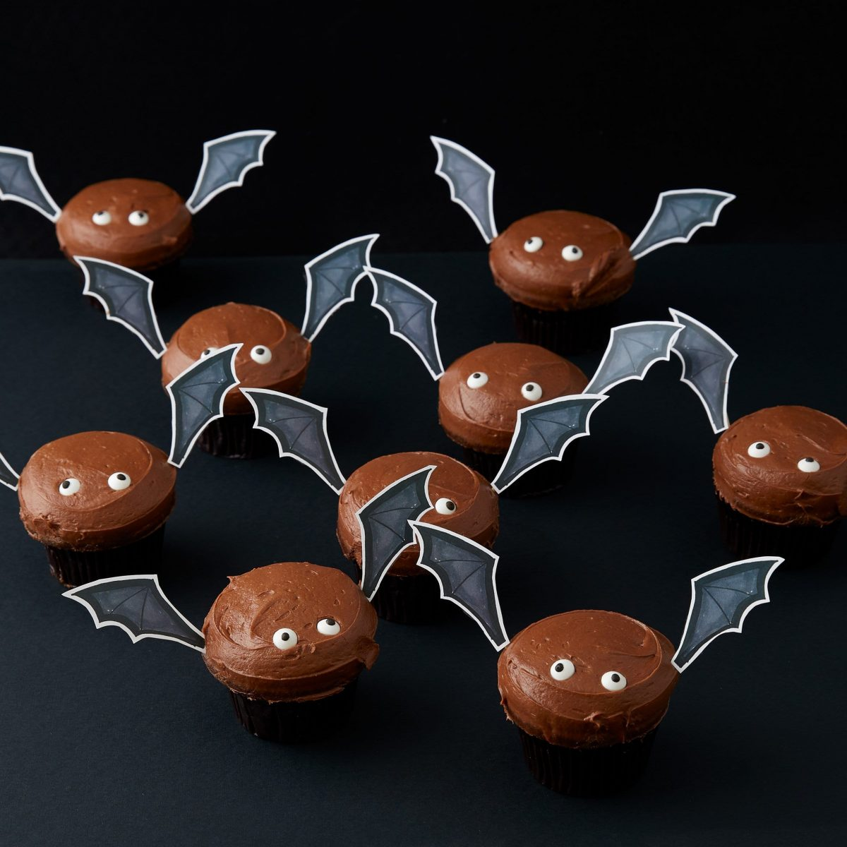 Darcy Miller, Cupcake, Halloween, spider, decorating, Party, paper
