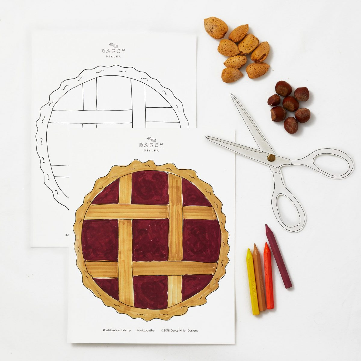 This pie placemat is definitely something to be thankful for! Print out the colored template and let everyone choose their playing pieces (nuts, candies, and small fruit all work) for rousing pre-dinner games of Tic Tac Toe.