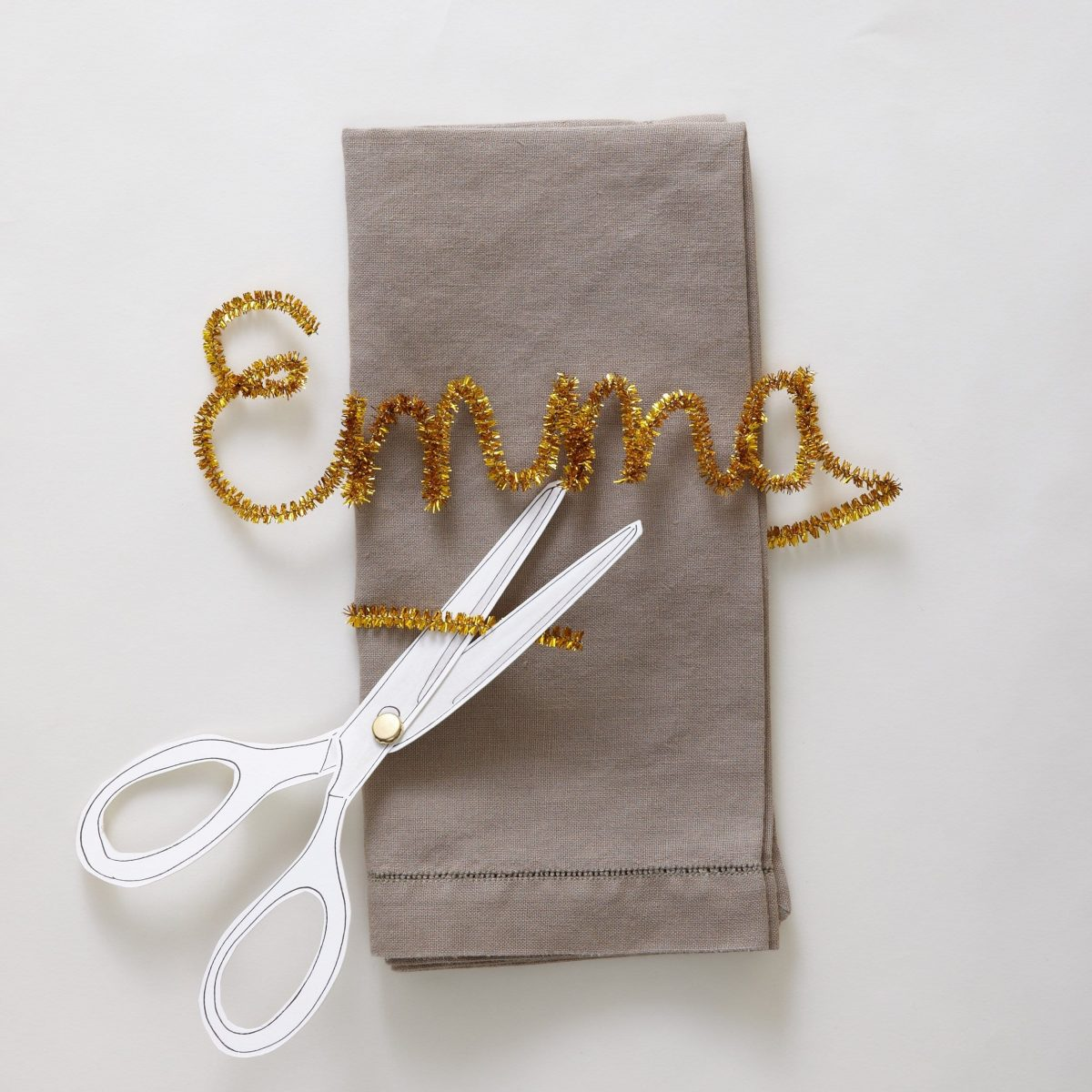 Darcy Miller Designs, Darcy Miller, Milestone, Birthday, Party, Pipecleaner craft, placecard, place card, napkin ring, DIY