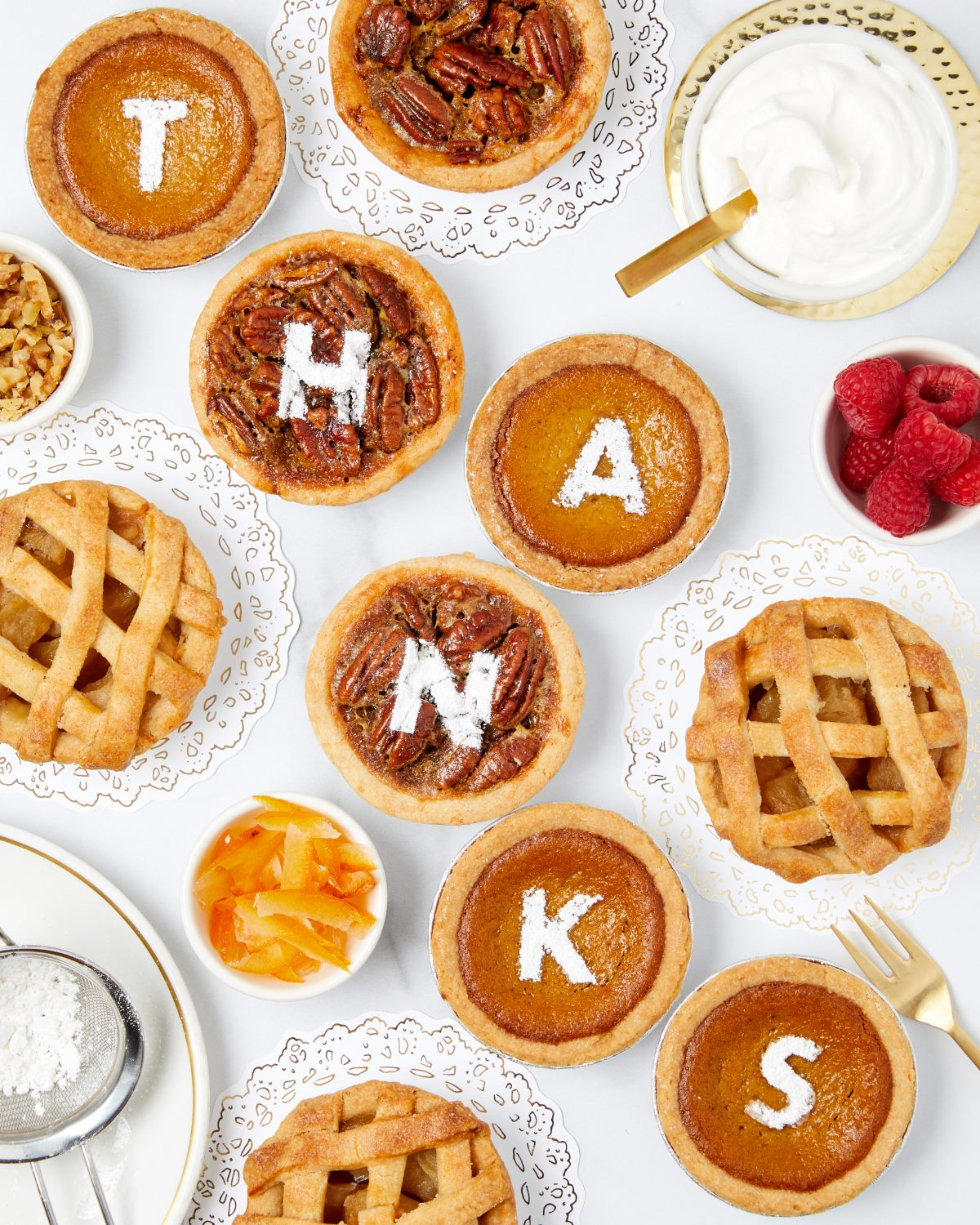 Darcy Miller, Darcy Miller Designs, Thanksgiving, Personalized Pie Bar